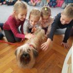 Naša-nova-prijateljica-Evie-5-god.-s-djecom-Montessori-skupine